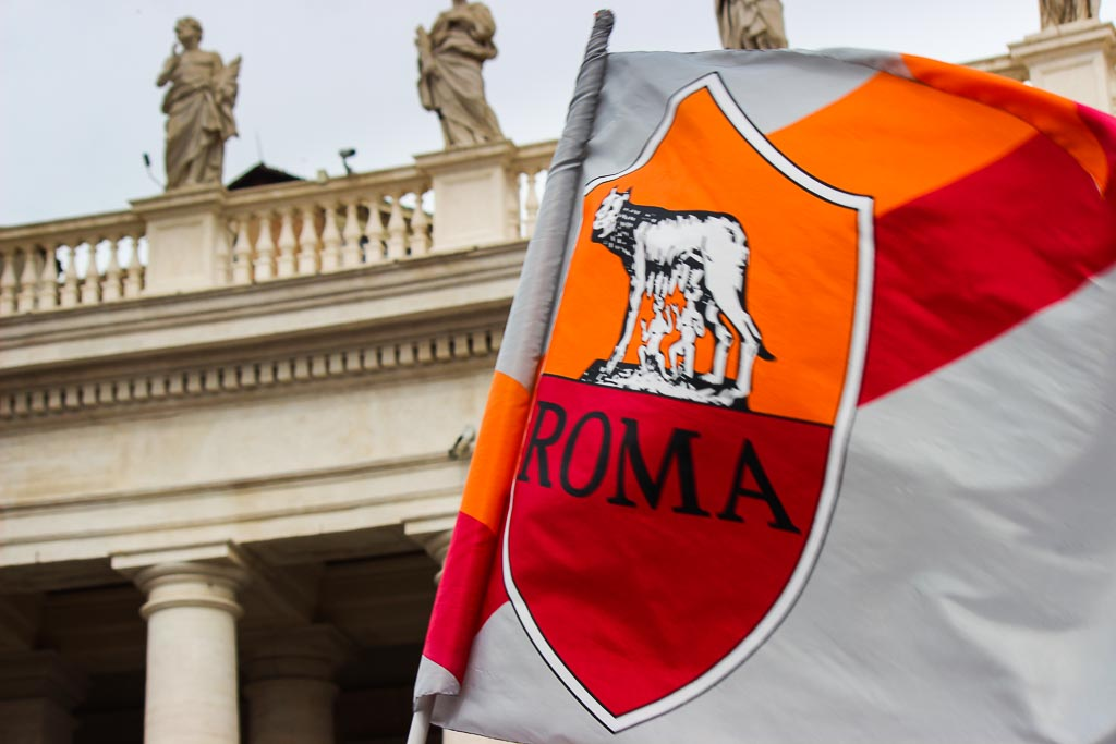 Rome Flag - Easter Mass at the Vatican