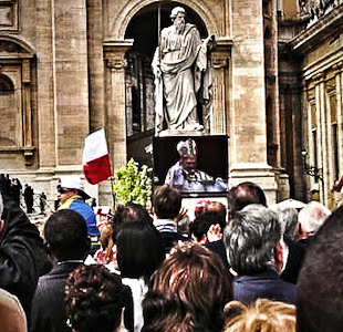 Easter Mass at the Vatican - 2006