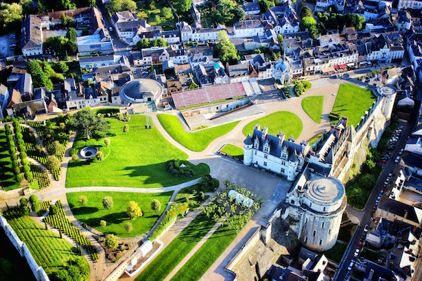 Hot Air Ballooning over Chateau Amboise