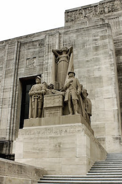 Louisiana State Capitol Exterior Statues